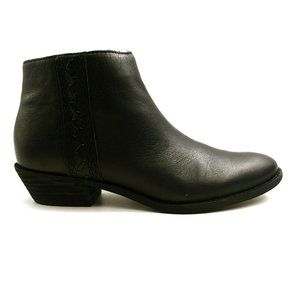 Zodiac Morrissey Ankle Bootie Black Leather 9